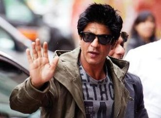 Shahrukh-Khan-shoots-muhurat-shot-of-chennai-express